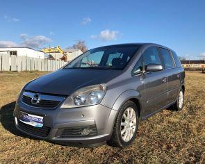 Opel Zafira 1.9CDTI Automat 7M Edition Parkovacie senzory