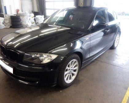 BMW 120d Automat NAVI 2007 + sezónne prezutie