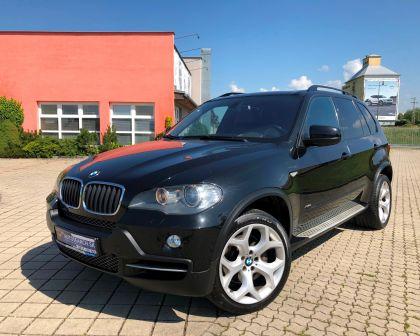 BMW X5 3.0xDrive A/T Head Up Kamera Ťažné PANORÁMA + sezónne prezutie