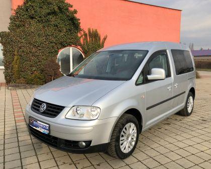 Volkswagen Caddy Kombi 1.6i LIFE Manuál 5st. + Ťažné a sezónne prezutie