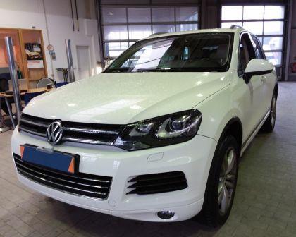Volkswagen Touareg 3.6 V6 Automat PANO 360° kamera KEYLESS + sezónne prezutie