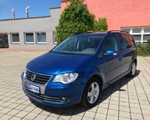 Volkswagen Touran 2.0TDI DSG UNITED 1.Majitel PDC Navigácia + prezutie
