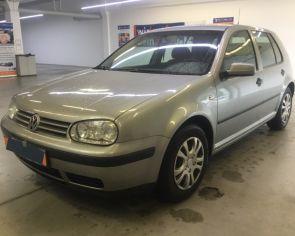 Volkswagen Golf 1.6 Automat OCEAN 2003 + sezónne prezutie