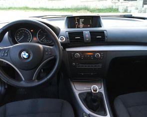 BMW rad1 118d Bi-xenón Navigácia PDC senzory 2009