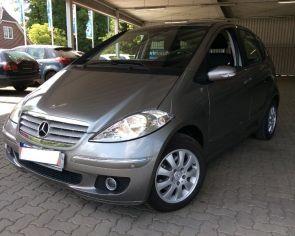 Mercedes Benz A 180CDI Automat ELEGANCE Parkovacie senzory